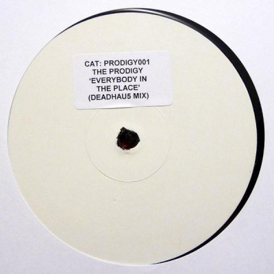 The Prodigy - Everybody In The Place (Deadhau5 Mix)